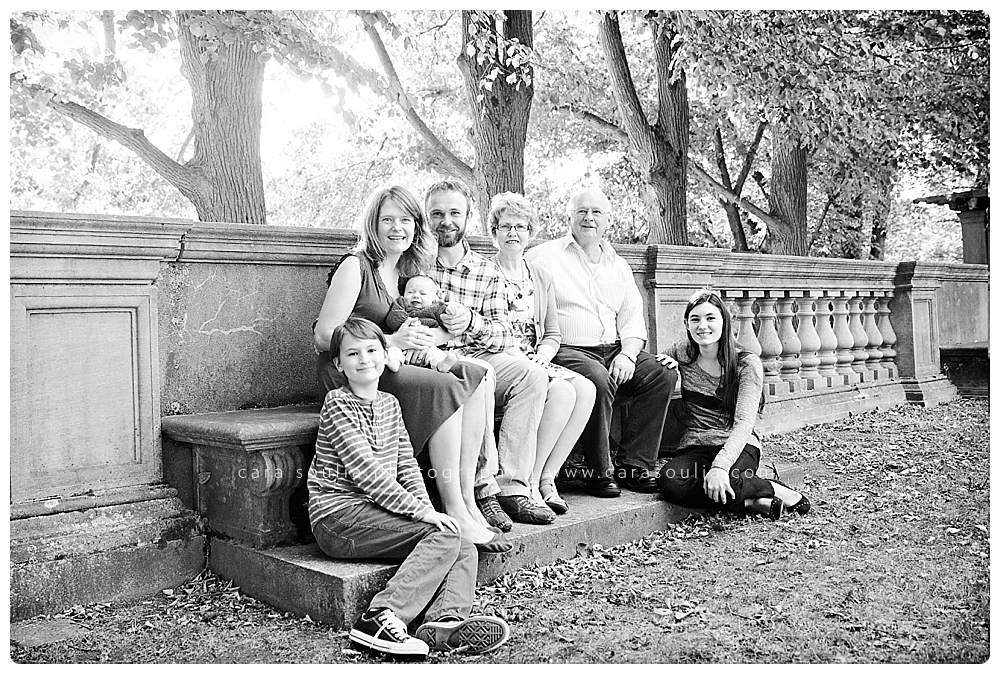 extended family black and white portrait boston ma