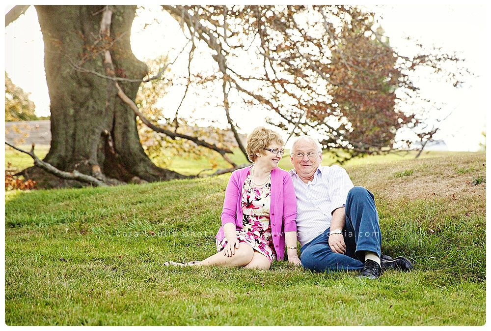 extended family session photos boston ma