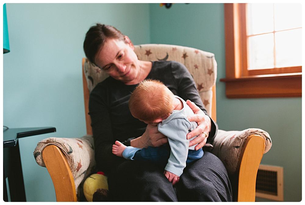 lifestyle newborn photo session boston massachusetts