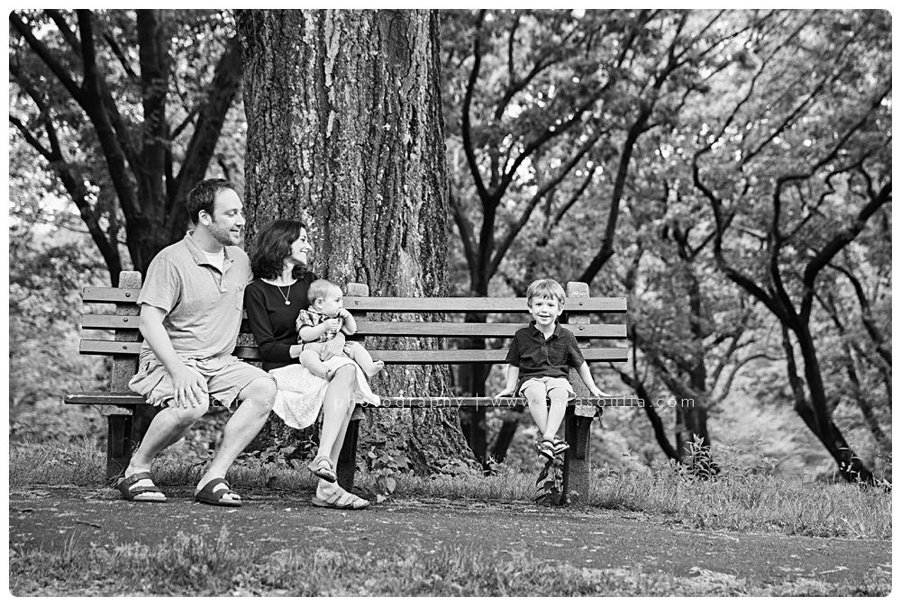 black and white family photographer wellesley ma