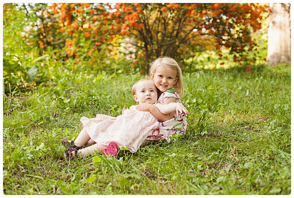sisters portrait massachusetts