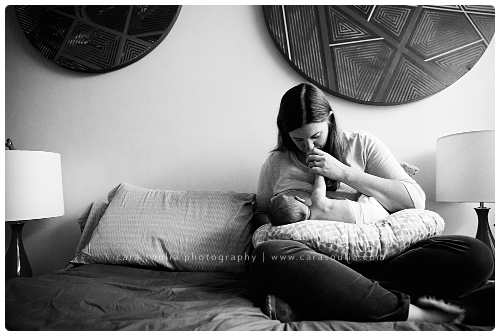 black-and-white-newborn-photography-boston
