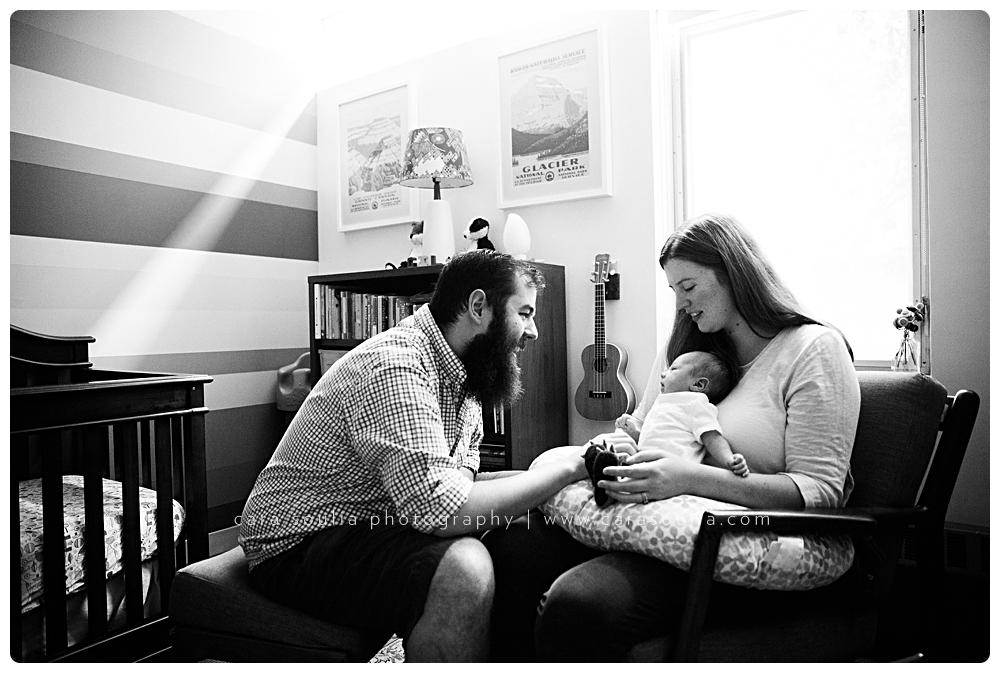 black-and-white-unique-newborn-photographer-boston-ma