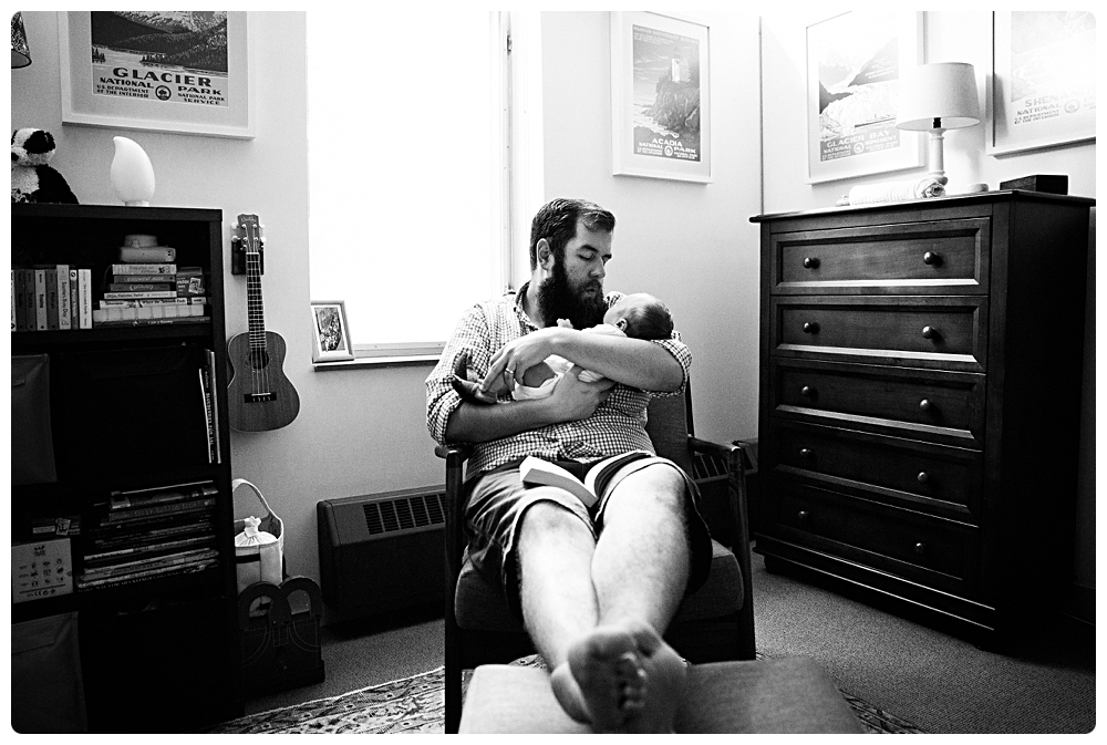 father-and-newborn-photos-at-home-photographer-boston
