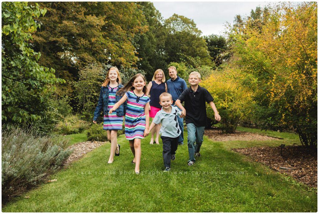 Arnold Arboretum Family of Six Cara Soulia Photography