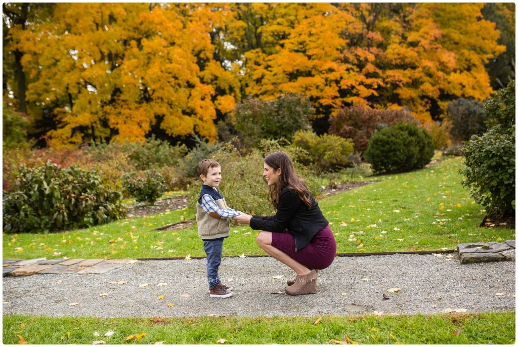 Arnold Arboretum Extended Family Session Cara Soulia Photography