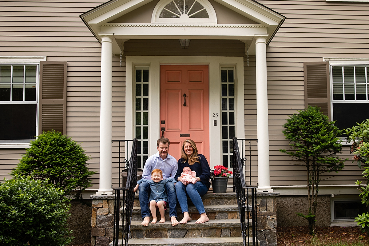 front steps photo by wellesley newborn photographer